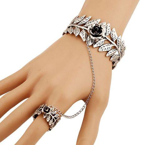 Mode Rétro Simple Rose Fleur Feuille Chaîne Ouverte Anneau Bracelet en gros nihaojewelry NHSC219071's discount tags