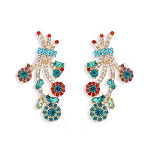 La irregularidad de la moda de la personalidad de la cola del pavo real de diamantes completos lindos es aretes redondos exagerados street shot pendientes súper flash al por mayor nihaojewelry NHJQ218863's discount tags