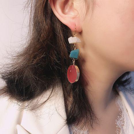 créative géométrique irrégulière pierre contraste couleur boucles d'oreilles personnalité transfrontalière boucles d'oreilles en résine accessoires de mode en gros nihaojewelry NHMD218983's discount tags