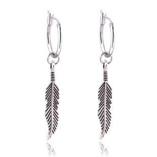 Pendientes colgantes de plumas largas bohemias retro Pendientes circulares de hoja de plata antigua al por mayor nihaojewelry NHGJ219374's discount tags