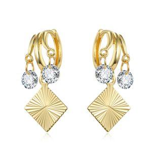 modelos de explosión de moda moda simple zircon cuadrado colgante de múltiples capas anillo de oreja flash anillo geométrico pequeños pendientes hebilla de oreja al por mayor nihaojewelry NHGJ219381's discount tags