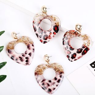 fashion geometric exaggerated resin leopard pattern love acrylic earrings personality acetate plate earrings wholesale nihaojewelry NHLA219480's discount tags