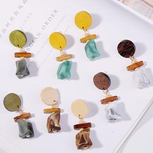 Coreana delgada cara geométrica madera acrílico pendientes resina pendientes joyería al por mayor nihaojewelry NHLA219481's discount tags