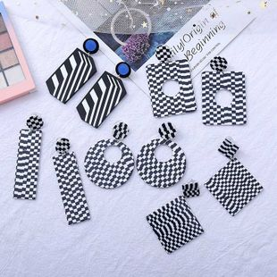 geometric black and white color matching acrylic earrings simple resin earrings  wholesale nihaojewelry NHLA219487's discount tags