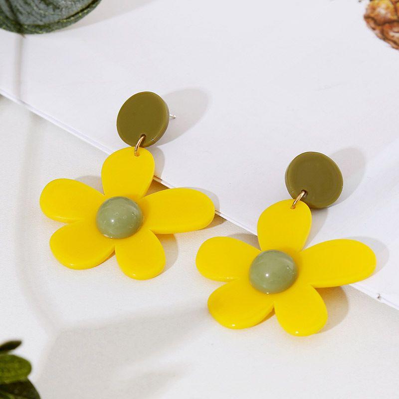 Korean Hyuna girl heart flower acrylic earrings geometric resin earrings jewelry wholesale nihaojewelry NHLA219503