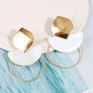 Korean geometric metal natural shell earrings round bohemian earrings jewelry wholesale nihaojewelry NHLA219506's discount tags