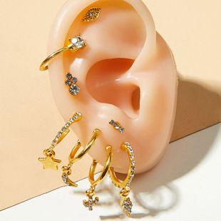 pendientes de clip exagerados de moda nuevos pendientes de cristal chapados en oro traje de damas de tiro en la calle pendientes de relámpagos de moda clip de oreja al por mayor nihaojewelry NHOT220190's discount tags