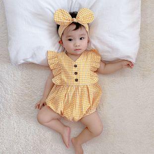 Verano nueva niña bebé niña línea juguetona dulce tranquilo chaleco a cuadros amarillo triángulo al por mayor nihaojewelry NHTV219882's discount tags