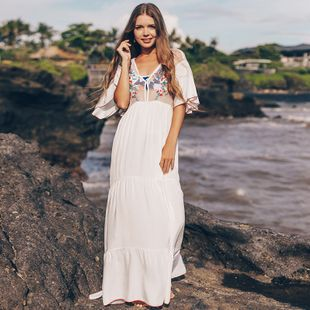 Malla de algodón bordado de vacaciones falda larga playa protector solar ropa traje de baño cubierta exterior vestido de playa al por mayor nihaojewelry NHXW219938's discount tags