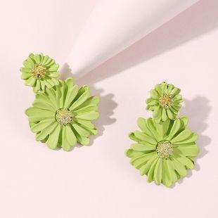 Corea joyería moda bosque margarita pendientes primavera y verano nuevos temperamento flor pendientes al por mayor nihaojewelry NHMD220015's discount tags