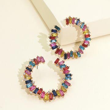 Moda diamante acrílico exagerado geométrico en forma de C pendientes de diamantes completos mujeres retro temperamento generoso pendiente venta al por mayor nihaojewelry NHJJ220051
