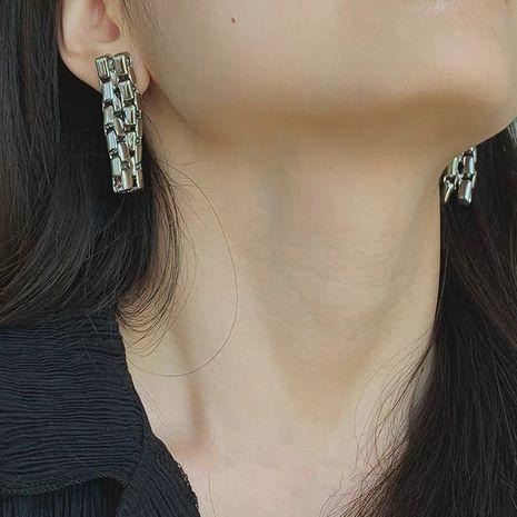 new retro chain earrings women creative chain earrings zipper style earrings wholesale nihaojewelry NHYQ220108's discount tags