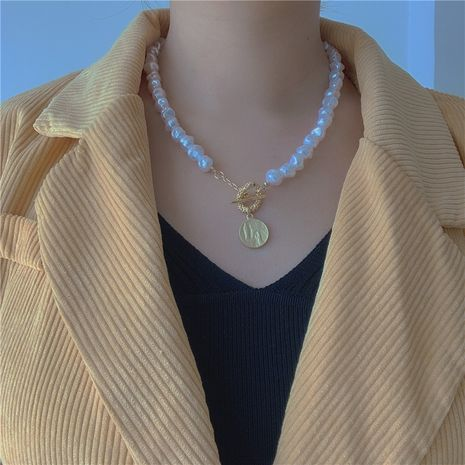 Retro baroque palace shaped pearl necklace Korean choker clavicle chain neck chain fairy temperament personality wholesale nihaojewelry NHYQ220122's discount tags