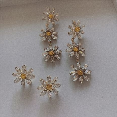 Sparkling Baroque Earrings Long Exquisite Korean Temperament Heavy Industry Crystal Flower Tassel Silver Pin Earrings wholesale nihaojewelry NHYQ220125's discount tags