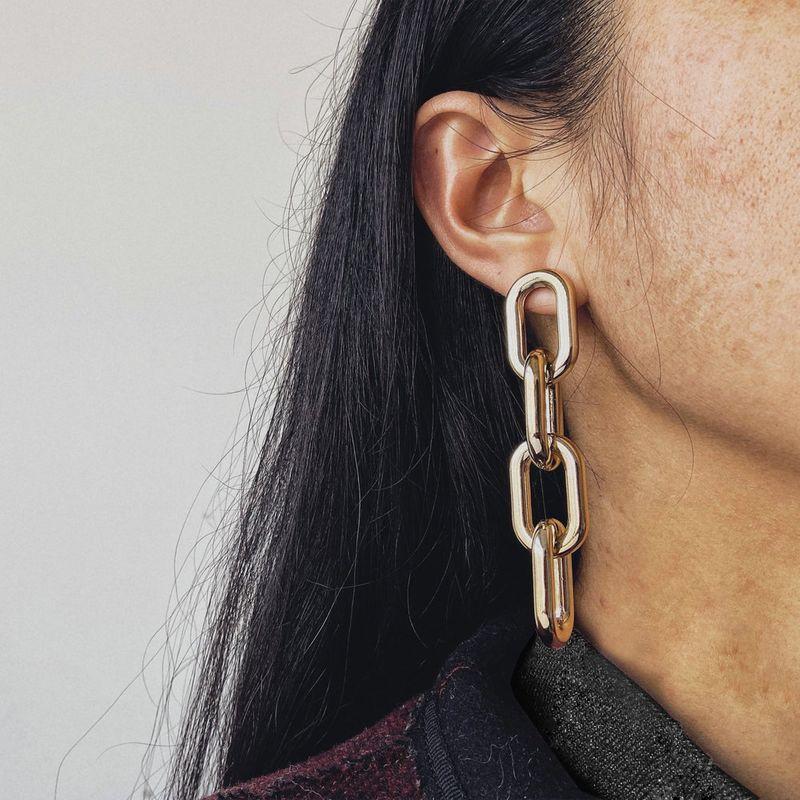 fashion jewelry new chain earrings creative retro big name style simple gold earrings wholesale nihaojewelry NHYI220234