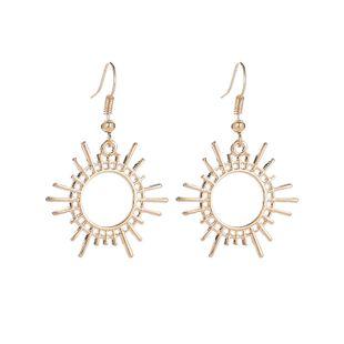 Nuevos pendientes tendencia engranaje pendientes creativos aleación geométrica joyería sol pendientes al por mayor nihaojewelry NHMO220274's discount tags