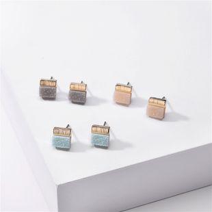 joyería de moda color caramelo resina cristal dientes cristal racimo pendientes cuadrados al por mayor nihaojewelry NHLU220288's discount tags