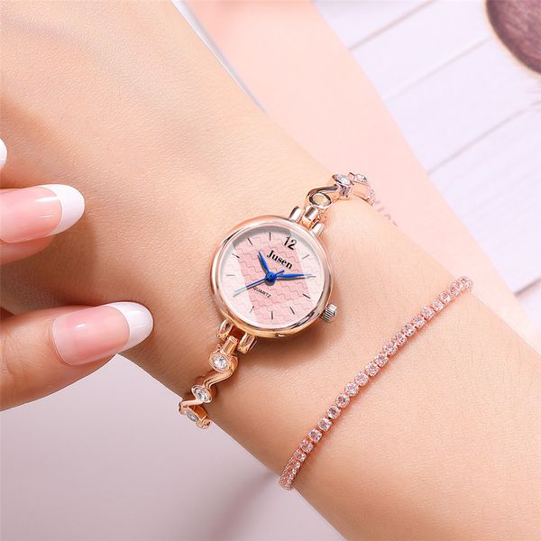 Fashion Lady Bracelet Watch Trend Diamond Small Dial Steel  Watch Academy Style Compact Decoration Watch wholesale nihaojewelry NHSS220627