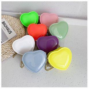 verano nueva ola moda coreana color caramelo en forma de corazón pequeña bolsa moda cadena salvaje bolsa venta al por mayor nihaojewelry NHHX220863's discount tags