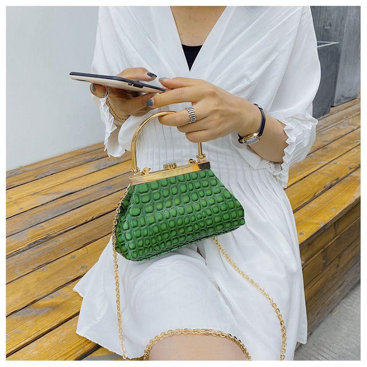 texture crossbody small bag new fashion crocodile pattern handbag chain crossbody shoulder bag  wholesale nihaojewelry NHGA220965