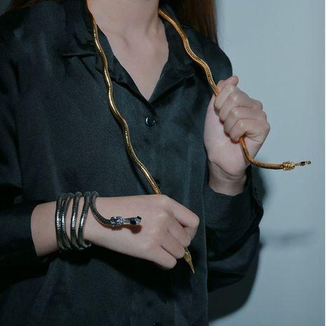 Nouvelle tendance mode libre pliant en forme de serpent bracelet en métal diamant serpent collier nihaojewelry gros NHHF213723's discount tags