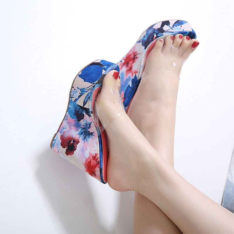 The new wedge heel transparent glass plastic high heel sandals and slippers depict the printing color matching women's shoes nihaojewelry wholesale NHEH214241