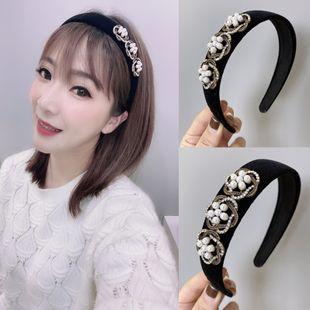 Corea nuevo perla pelo aro color sólido esponja de terciopelo flores con incrustaciones de diamantes diadema de ala ancha nihaojewelry al por mayor NHSM214542's discount tags