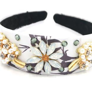Nuevos accesorios para el cabello de moda barroca diadema flor árbol de Navidad pasarela calle diadema nihaojewelry al por mayor NHCO214632's discount tags