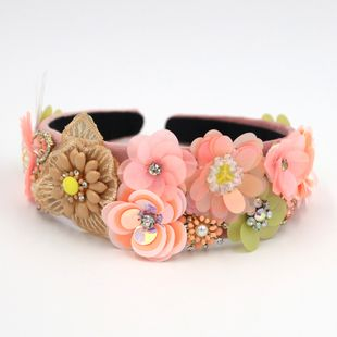 Nueva moda barroca de alta gama joya hecha a mano de metal serie forestal diadema pasarela nihaojewelry al por mayor NHCO214631's discount tags