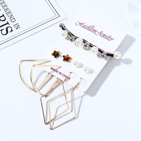 Rétro mode sauvage populaire résine petites étoiles perles boucles d'oreilles bande de cheveux ensemble nihaojewelry gros NHPS214679's discount tags