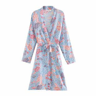 ropa de mujer al por mayor verano rayón estampado de flores cinturón kimono chaqueta de mujer abrigo NHAM214918's discount tags