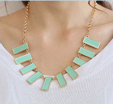 Korean version of the simple and stylish wild vertical personality temperament necklace NHSC214958's discount tags