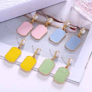 fashion metal earrings nihaojewelry wholesale simple contrasting color earrings NHSC214956's discount tags