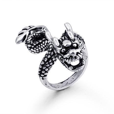 animal chaud anneaux rétro gothique dragon hommes bague en argent antique animal anneau en gros nihaojewelry NHGO221005's discount tags