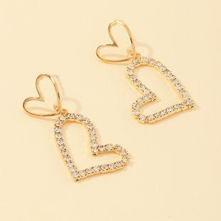 fashion jewelry temperament flash diamond love earrings simple senior sense peach heart earrings wholesale nihaojewelry NHNZ221185's discount tags
