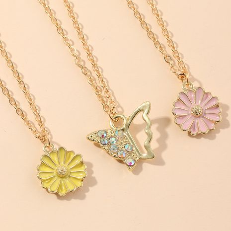 new jewelry temperament elegant butterfly necklace sweet little daisy pendant necklace set wholesale nihaojewelry NHNZ221196's discount tags