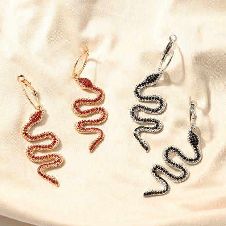 bijoux de mode exagéré mode métal diamant serpent élément boucles d'oreilles personnalité sauvage boucles d'oreilles en métal en gros nihaojewelry NHNZ221199's discount tags