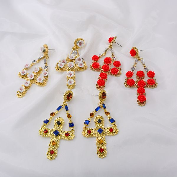 New style retro temperament Baroque flower pendant palace cross exaggerated long earrings jewelry wholesale nihaojewelry NHNT221252