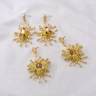 personality Sunflower bee earrings popular temperament Korean fashion the long imitation pearl earrings simple ear jewelry wholesale nihaojewelry NHNT221259's discount tags