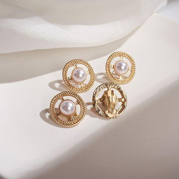 Geometric round pearl earrings without pierced ear clips hollow retro creative small exquisite earrings minimalist ear jewelry wholesale nihaojewelry NHWF221286
