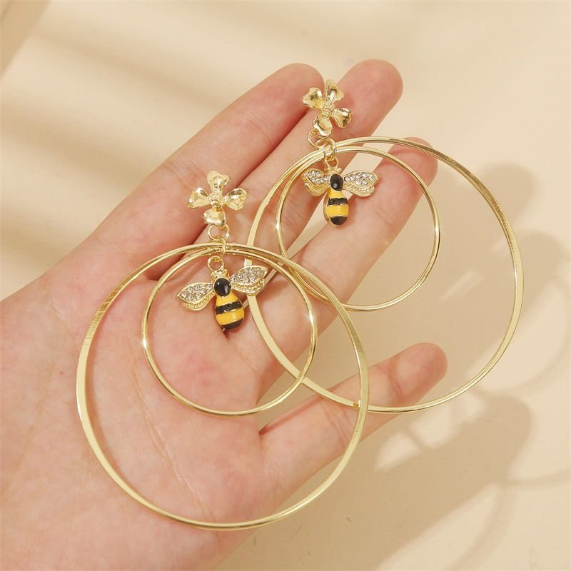 fashion geometric exaggerated round dripping bee earrings trend personality multiring flower temperament earring jewelry wholesale nihaojewelry NHLA221332