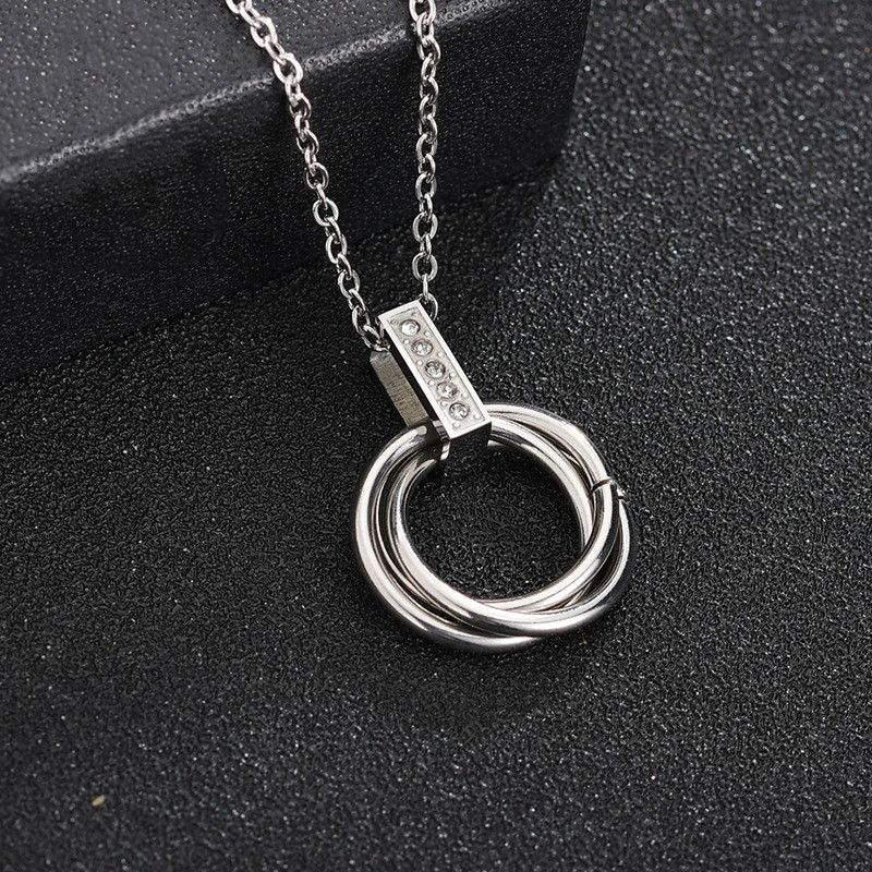 Korean  hot selling simple and delicate diamond three-ring necklace stainless steel circle pendant clavicle chain spot wholesale nihaojewelry NHHF224317