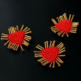 Handmade beaded trumpet red heart-shaped cloth sticker coat bag decoration patch Dingtie clothing accessories NHNK224353's discount tags