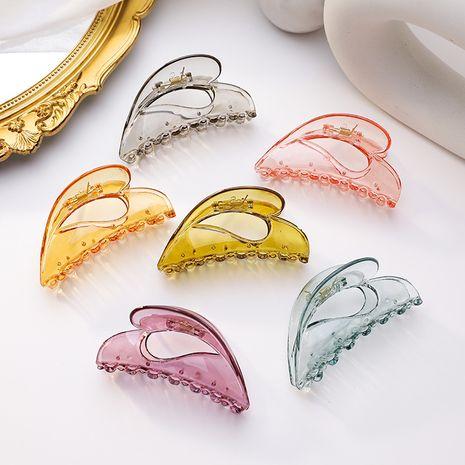 Korean temperament transparent color big clip clip translucent texture large hair catch wash face bath hair clip big ponytail clip wholesale nihaojewelry NHMS224553's discount tags