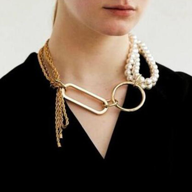 creative light luxury trend jewelry fashion alloy chain pearl stitching necklace clavicle chain wholesale nihaojewelry NHMD224566