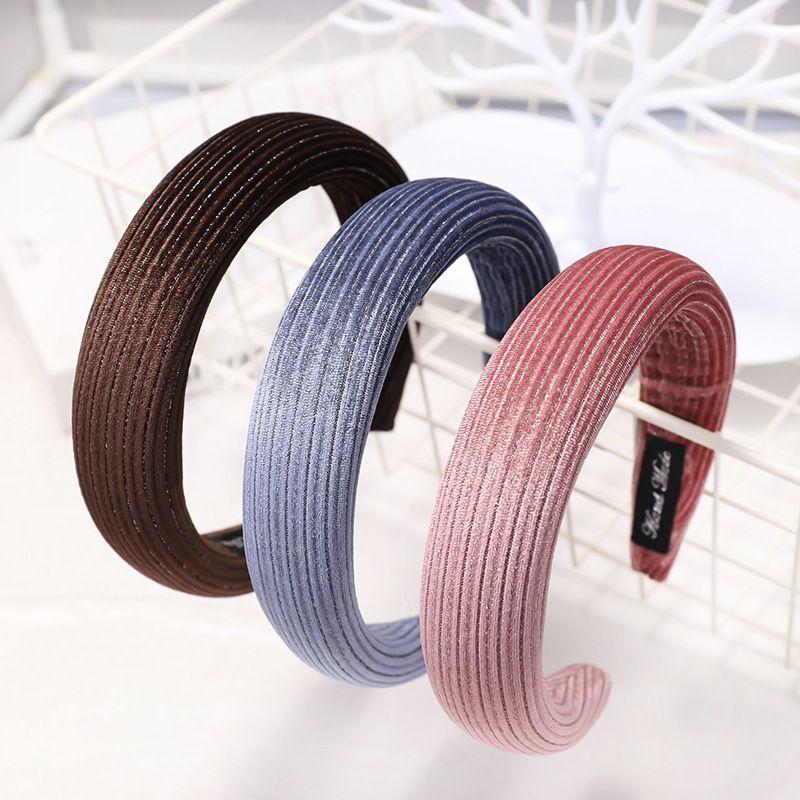 Nouveau bandeau haut de gamme de Core du Sud en velours ctel ponge bandeau en tissu de couleur unie cheveux accessoires en gros nihaojewelry NHDM224571
