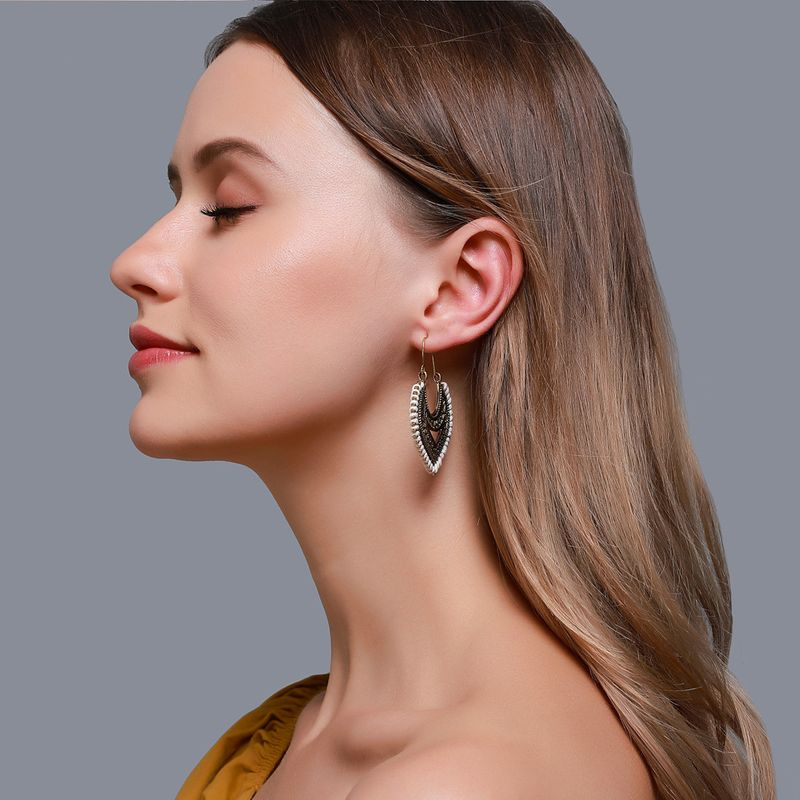 National style  make old sense exaggerated hollow earrings retro bohemian hand-wound earrings wholesale nihaojewelry NHDP224332