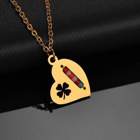 Corée du Sud populaire nouveaux produits simple créatif creux trèfle à quatre feuilles collier en acier inoxydable couleur bonbons perles de riz amour collier en gros nihaojewelry NHHF224312's discount tags