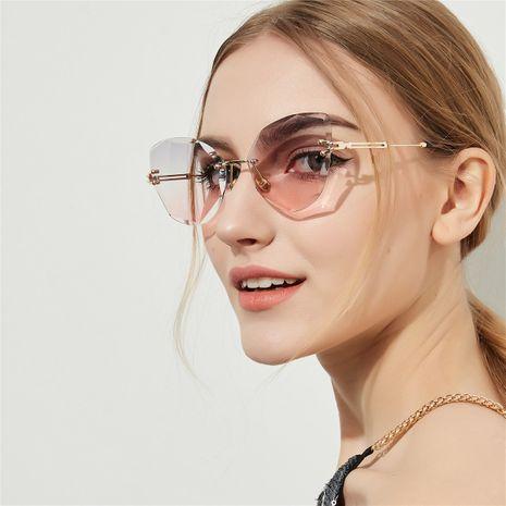 Frameless Sunglasses Cat Eye Retro Sunglasses Diamond Cut Fine Glasses wholesale nihaojewelry NHXU224858's discount tags