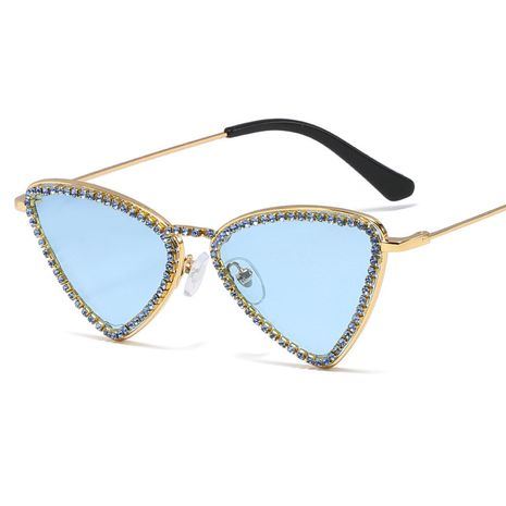 triangle frame sunglasses exquisite small frame rhinestone sunglasses street shooting wild ocean glasses wholesale nihaojewelry NHFY224940's discount tags